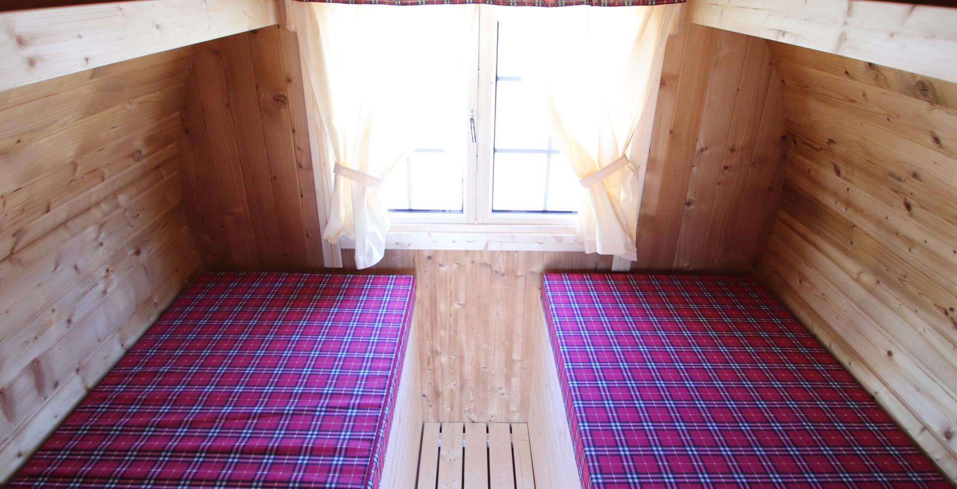 Julia interior 2.JPG