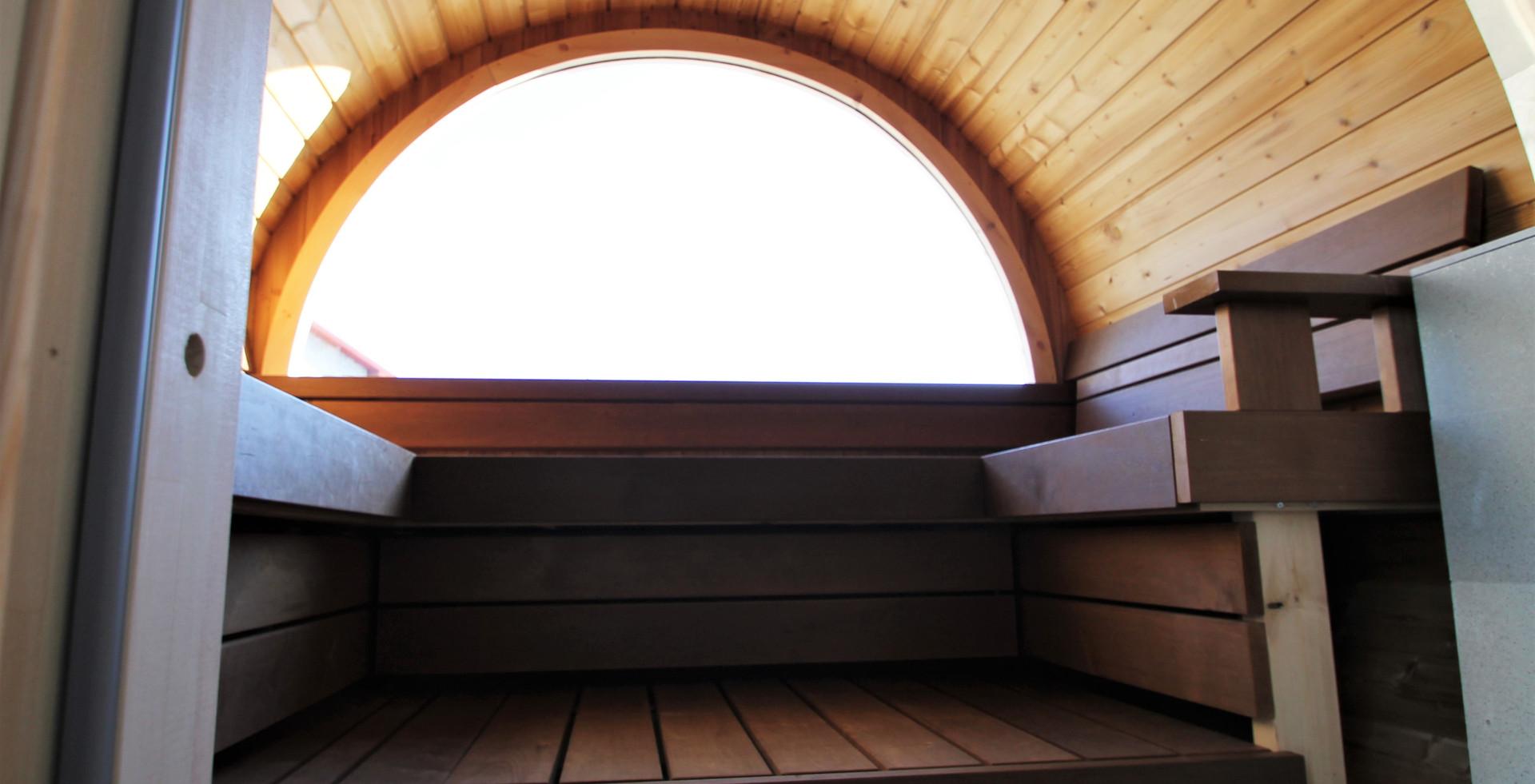 Lisa interior 04.JPG