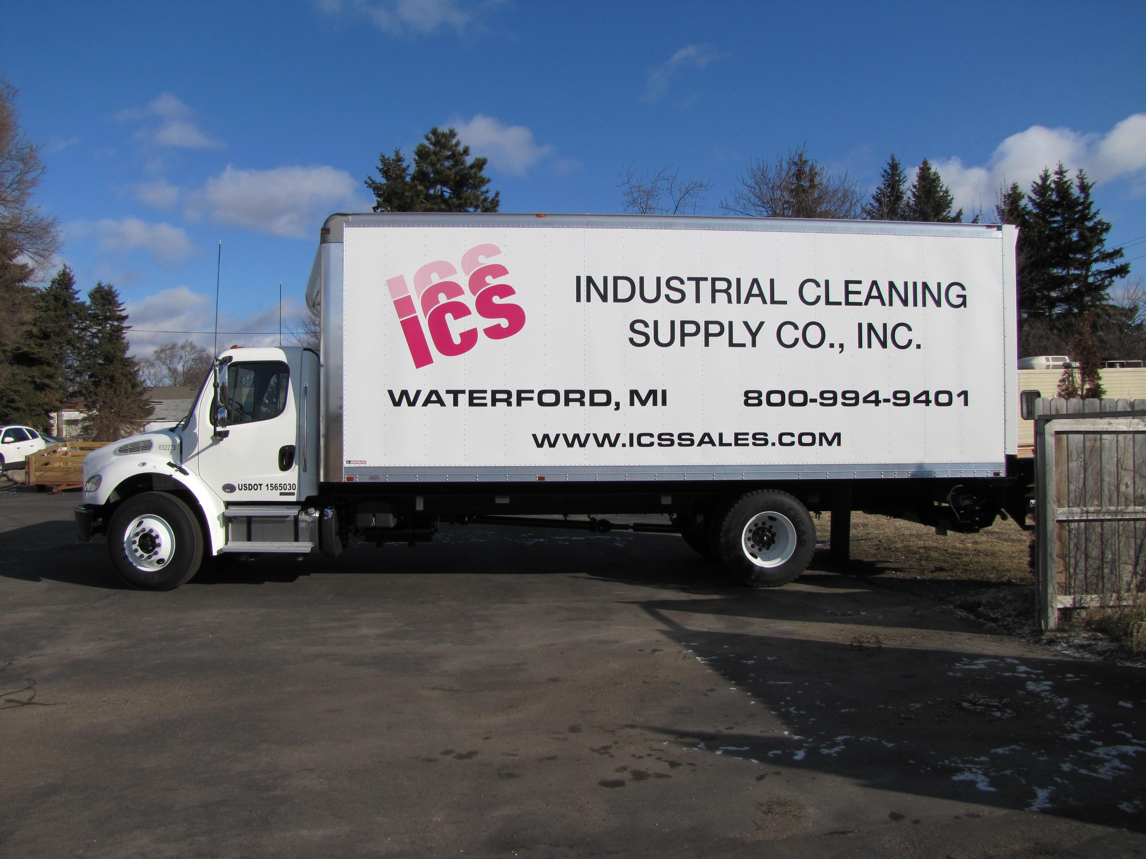 Box truck cube van lettering