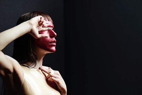 Remedes Galerie Mary Rozzi, FEARLESS exposition photographie art contemporain Paris Marais, Lia Paris