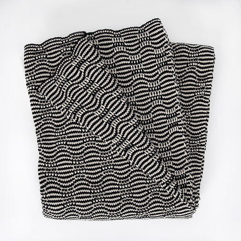 Lightweight Optical Stripe Throw Blanket