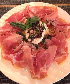 La-Violetta-Parma-Ham-and-Burrata-Cheese