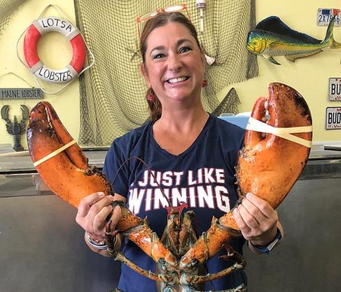 Lotsa-Lobster-Suzanne.jpg