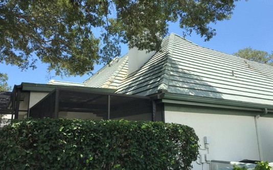 Longboat Key Roofing Sherbrooke Court- BEFORE