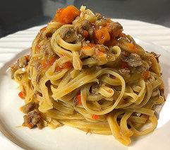 La-Violetta-pasta-and-sauce.jpg