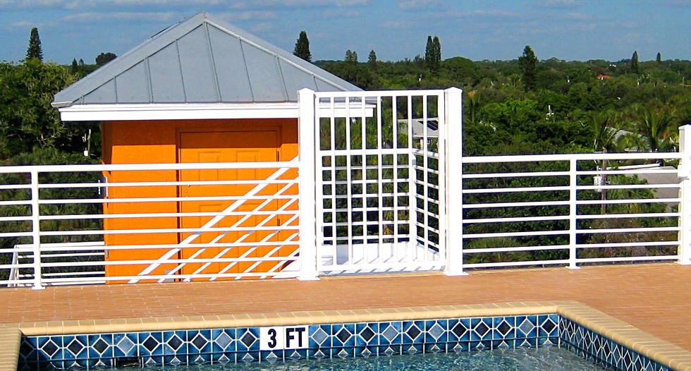 2-Siesta-Key-Duplex---pool.jpg