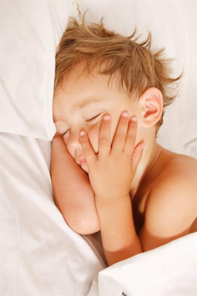 Helping Your Toddler Learn to Put Himself to Sleep