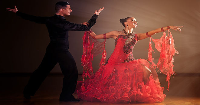 0foto-ballroom-gown_1200x630.jpg