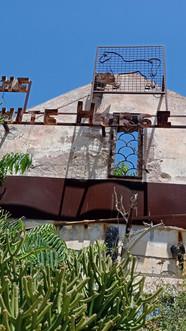 Once 'The Horse Inn' - rusty as hell