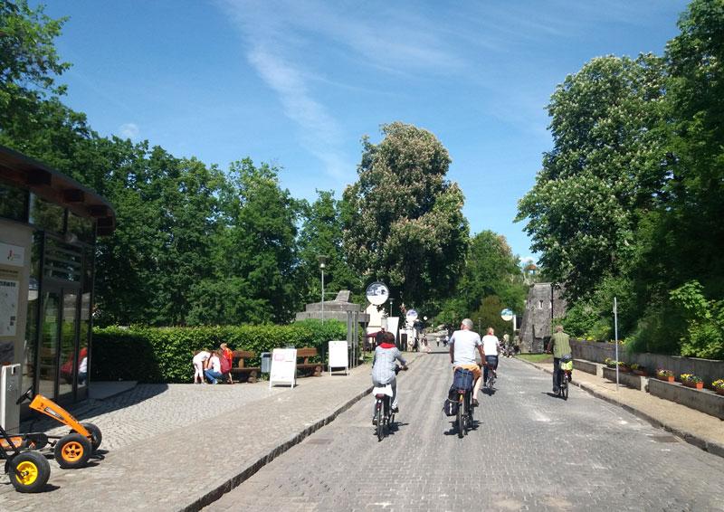 Mit dem Fahrrad durch den Museumspark