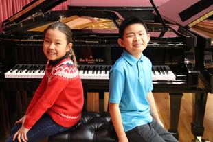 Happy Piano Duo