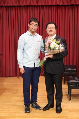 Dr. Zhou & Dr. Hu