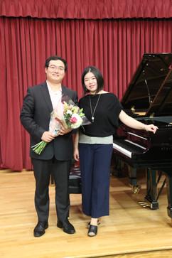 Dr. Zhou & Qian Yoyo Liu (Founder)