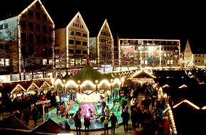 christmas-market-579083_1280.jpg