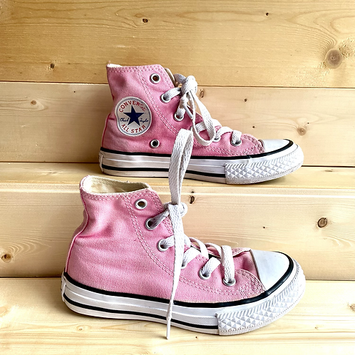 Pink Hi Top Converse (UK10/EU27)
