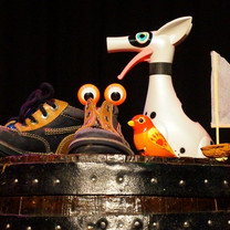 Fred bardel et Fred Lavial (conteurs), et zou et glou! -  théatre d'objets et chansons