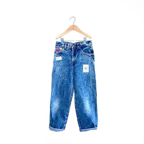 "Vintage American Football Patch Acid Wash Jeans (7/9y - W24"", L22"")"
