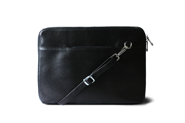 Pan Hakiki Deri Laptop ve Tablet Çantası Siyah