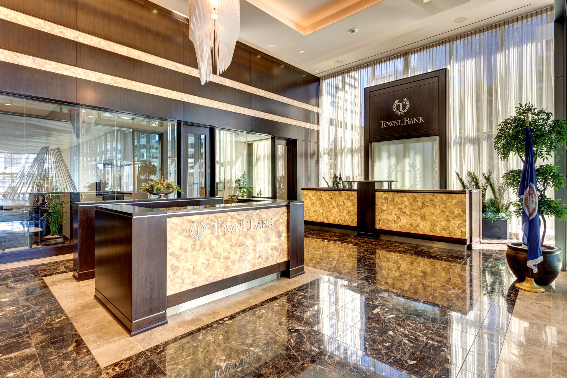 Towne Bank Gateway Plaza-1