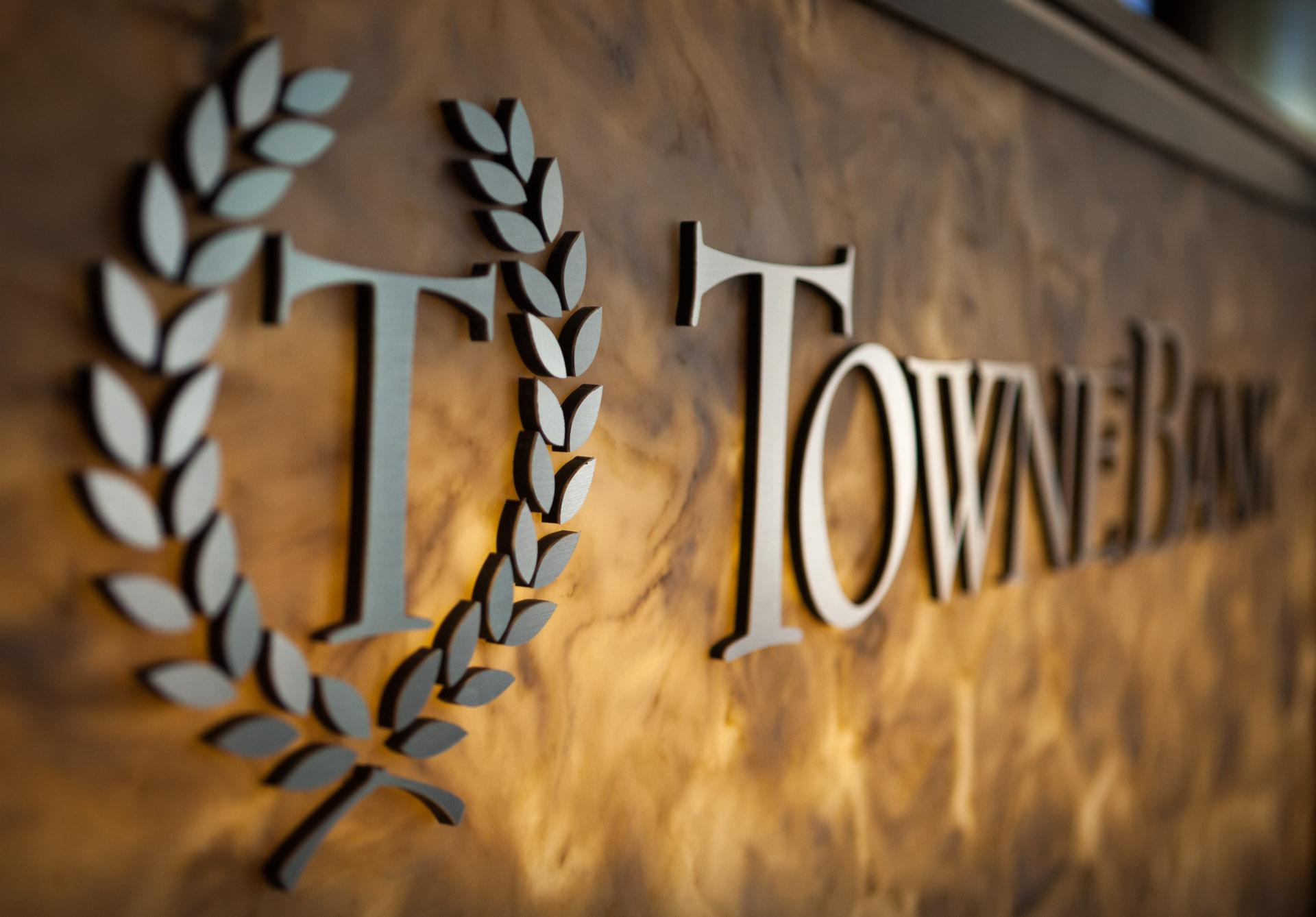 Towne Bank Gateway Plaza