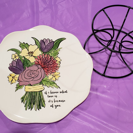 Ceramic cake plate with stand