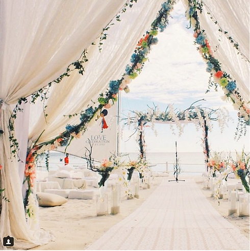 BOHEMIAN BEACH WEDDING ON BOHEMIANBRIDE.