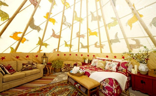 MAJESTIC HOLIDAYS INSIDE LUXURY TEEPEES
