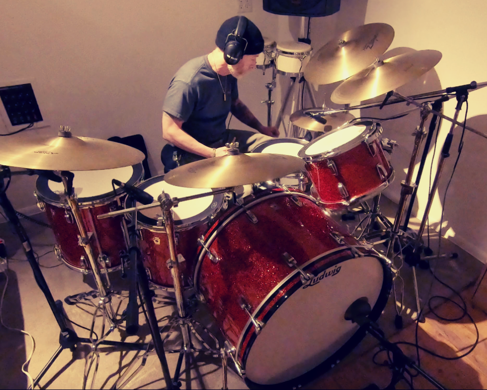 Joe Drums.png