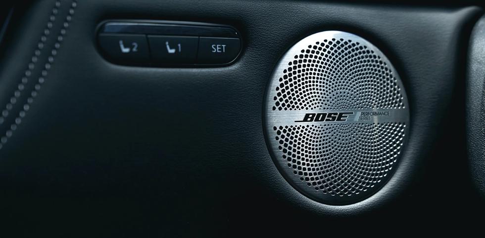 2022-infiniti-qx55-bose-sound-system-v2.webp