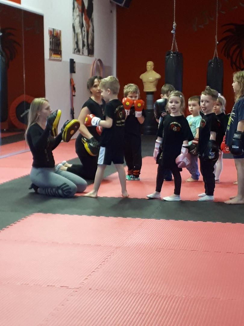 Kinder Kickboxen 4 bis 6 Jahre