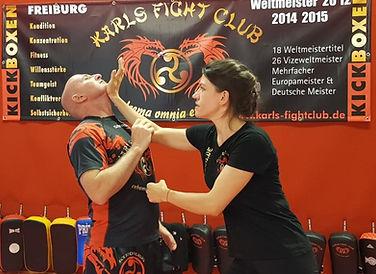 Selbstverteidigung für Frauen. Ihr Ansprechpartner rund ums Kickboxen in Freiburg.