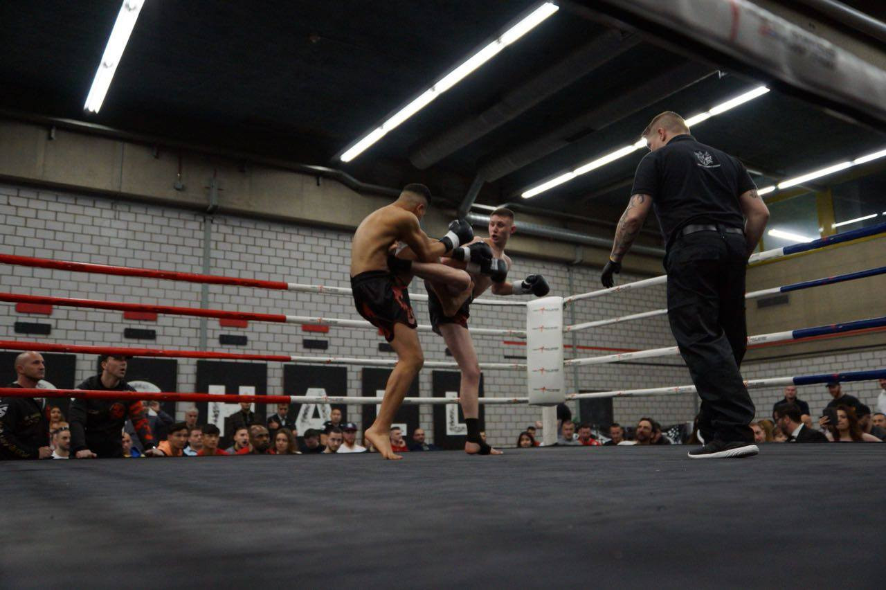Kickbox-Training für Jugendliche und Erwachsene
