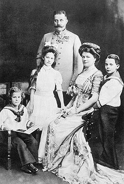 Archduke Franz Ferdinand and Family –Western Front Witness –Assassination of Franz Ferdinand -Causes of WW1 –Why Did WW1 Start?- Outbreak of WW1