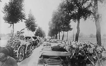 First Soldiers Arrive at Ypres and Somme–Western Front Witness –Retreat from Mons August 1914 –Battle of Mons