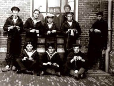 Knitting Club Groningen Camp–Western Front Witness– WW1 PoW-Great Escapes-PoW Stories-Soldier Refugees