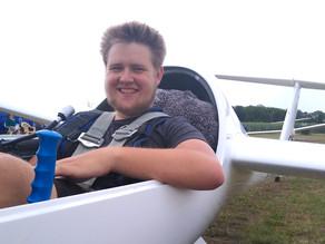 Moritz Gressard aus Oberhausen fliegt seine ersten  300 Streckenkilometer