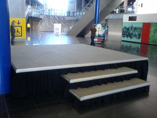 Square Stage