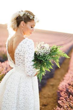 Bijoux mariée - Bijou de dos mariée - sobre et élégant - plaqué or rose 14K et perles de culture