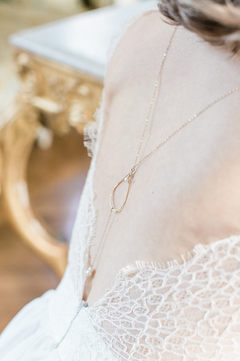 Bijoux mariée - Bijou de dos Mariée - Blanche - plaqué or 14K et perles de cultures