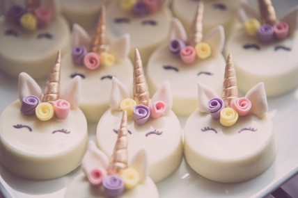 Unicorn chocolate covered Oreos