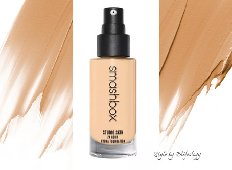 Flawless Complexion for 24 Hour  HYDRA foundation