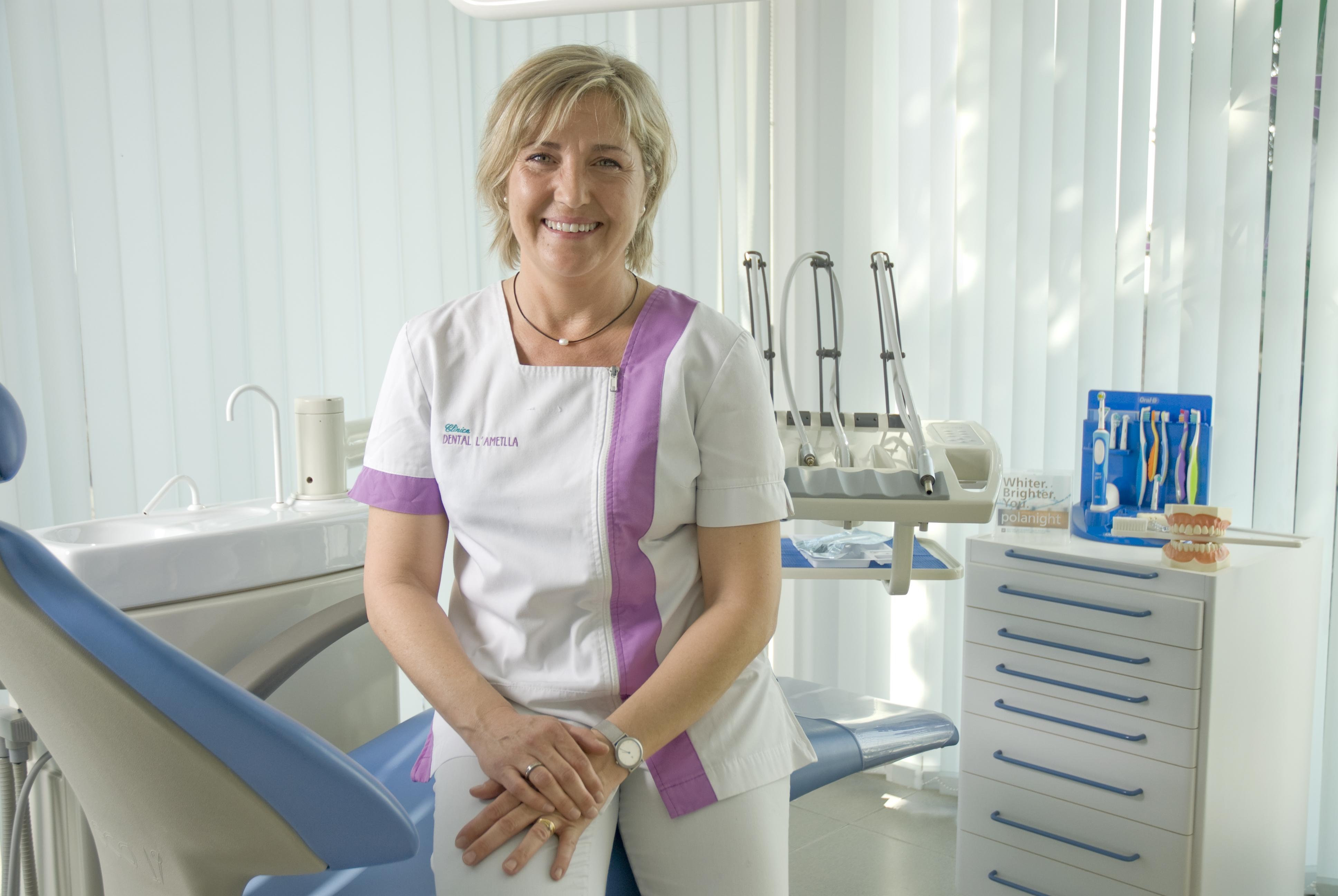 Dra.Nuria.JPG