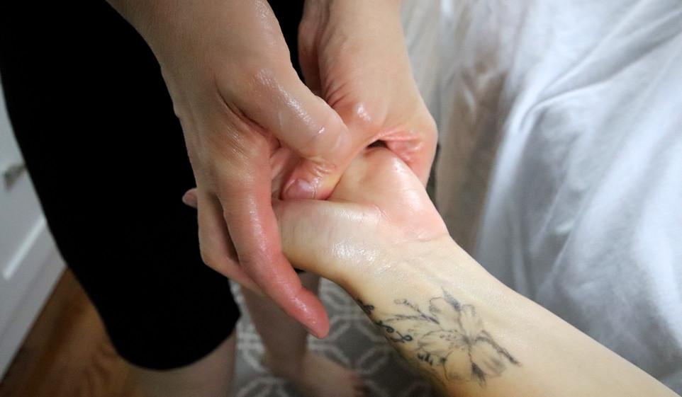 Mary-Ellen Rozon - massage10.jpg
