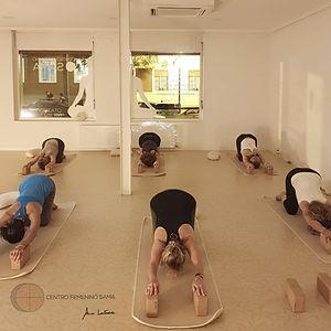 curso yoga zaragoza