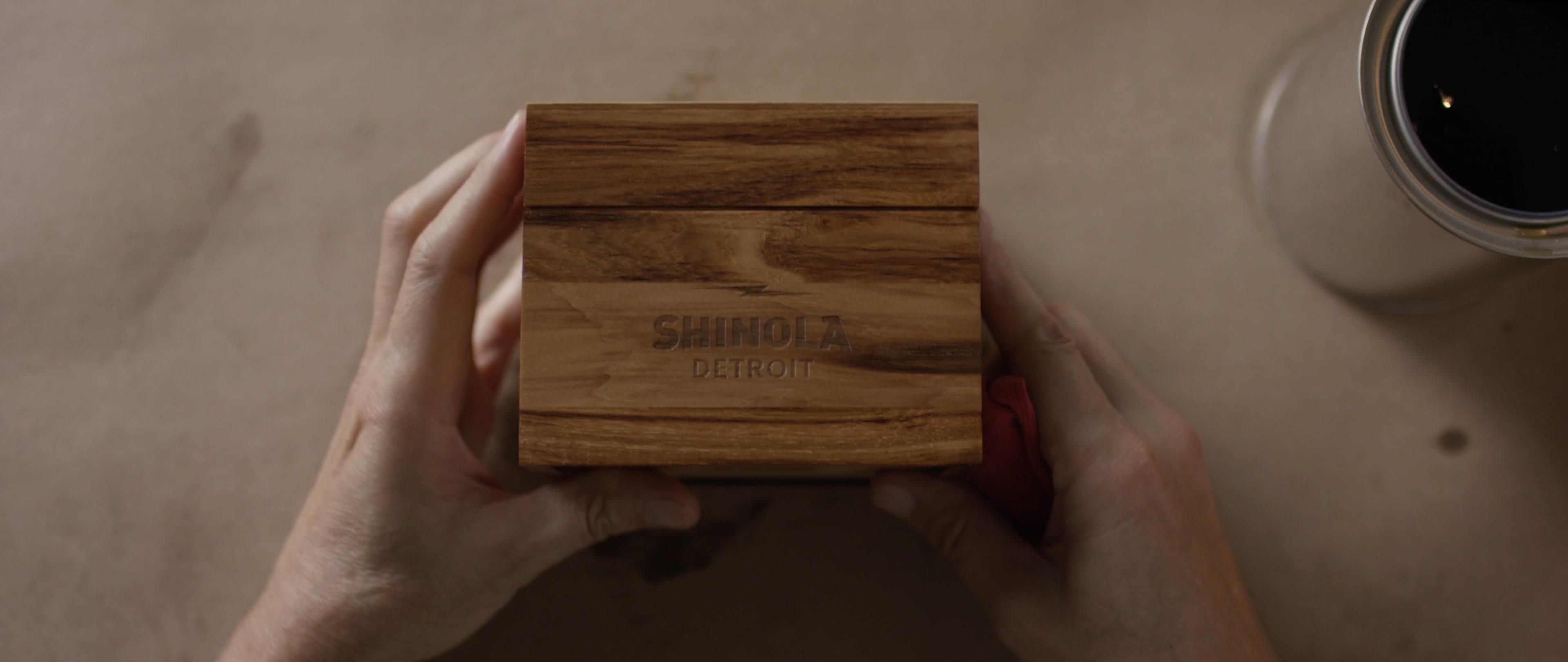 "SHINOLA ""KEEPSAKES"""