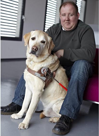 Photo Benjamin et Azur, son premeir chien guide
