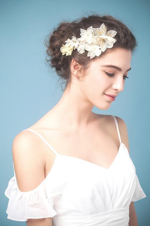 Karine ǀ Bridal Silk Flowers Headpiece