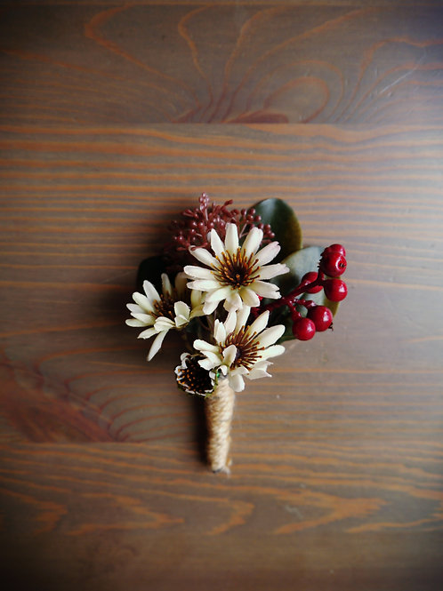 Xmas Wedding Boutonniere