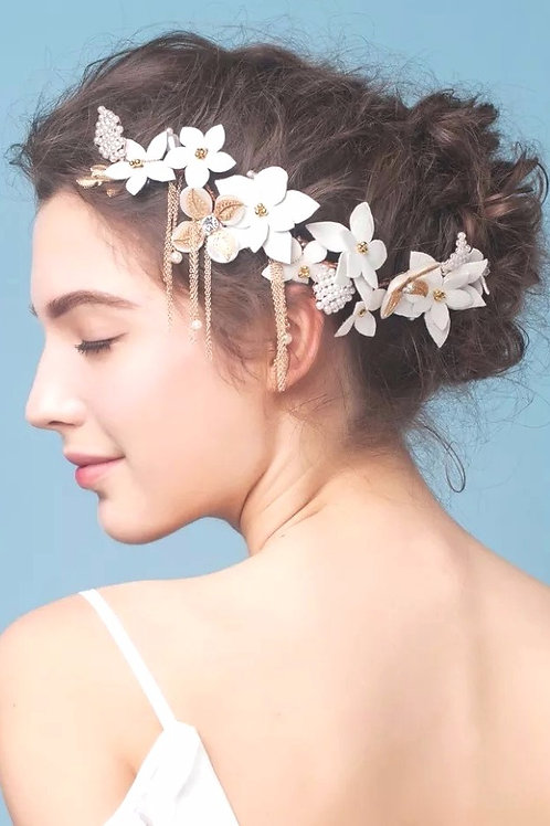 Twila ǀ Snowy Leather Blossom Headpiece
