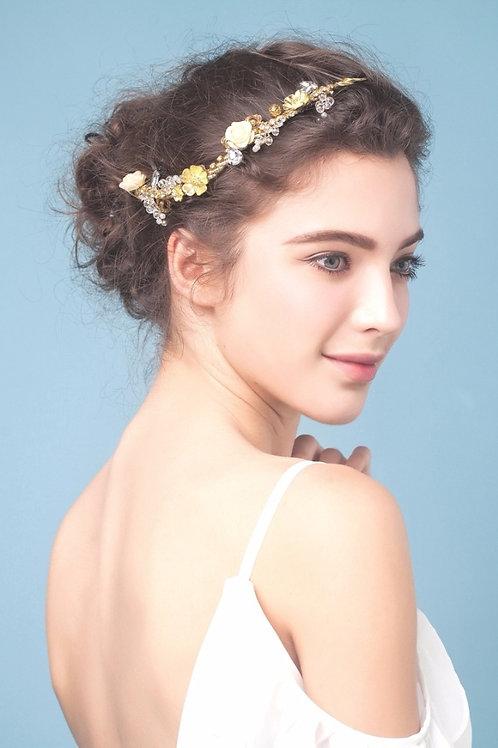 Lean ǀ Gilded Flower Charm